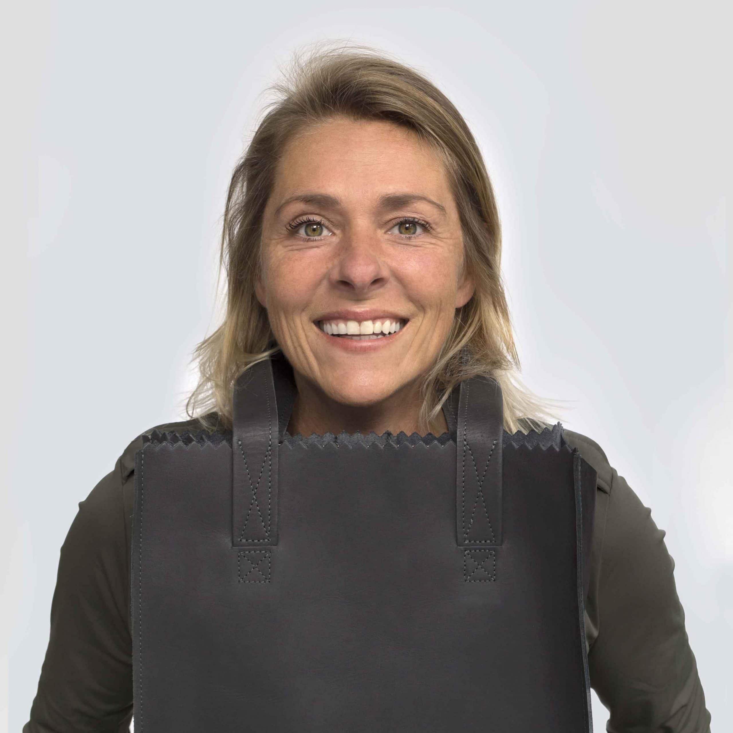 Monique van Loon - Paperbag Shopper